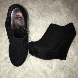 Shoes - Black Sparkle Platform Heel Booties